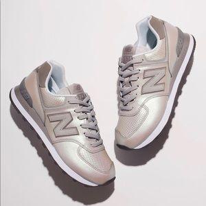 outlet store 7228e c09b1 New Balance 574 Dark Sheen Sneaker - Size 7